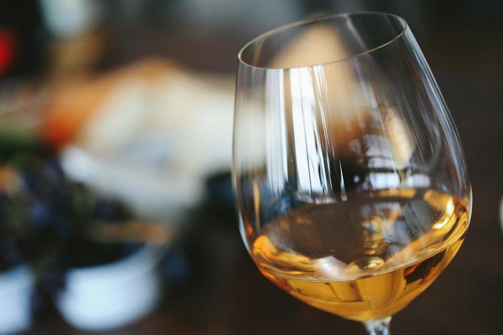 Mercado Varillas: maridaje vino blanco